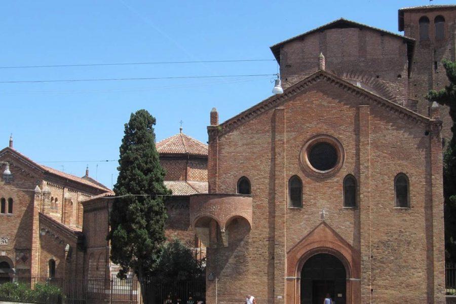 Базилику Санто-Стефано-Болонье тур – Болонье